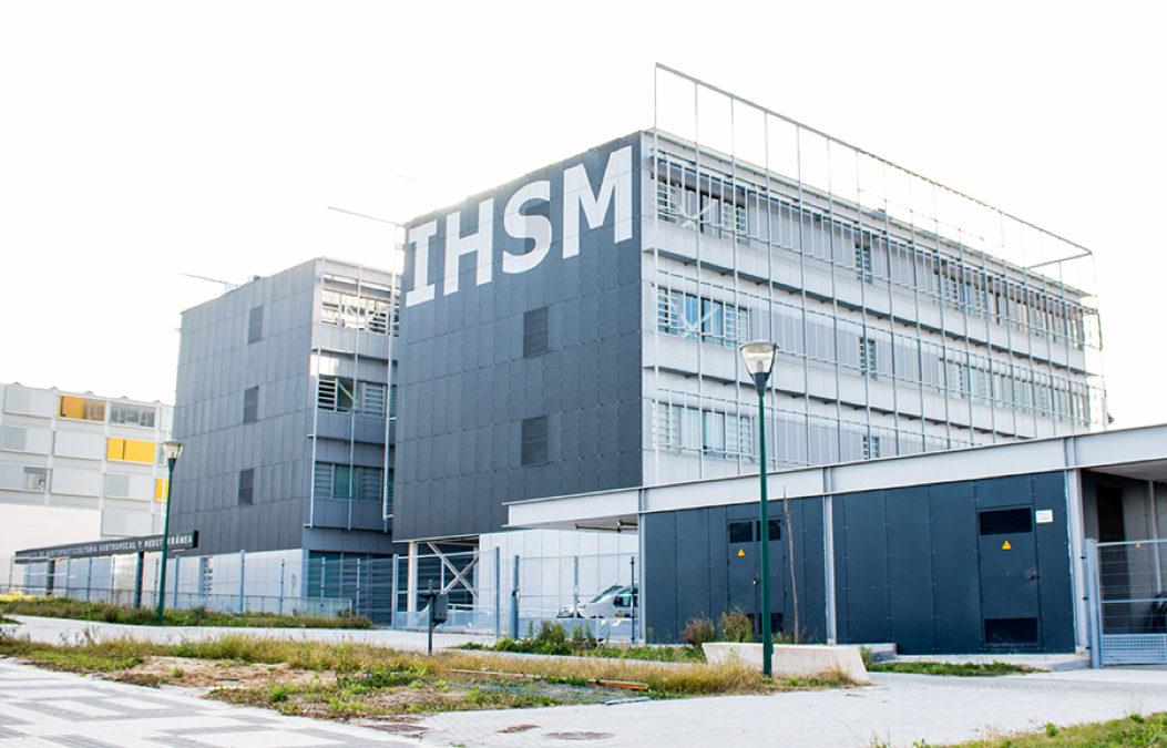 Sistema de control del Instituto de Hortofruticultura Subtropical y Mediterránea La Mayora (IHSM).